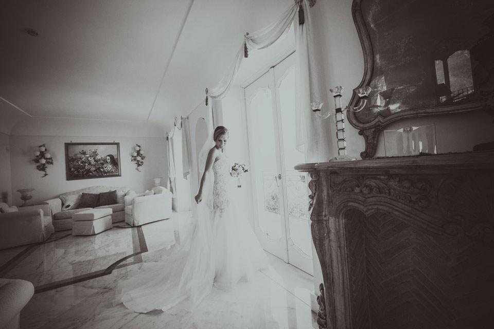 bride portrait Hotel Caruso