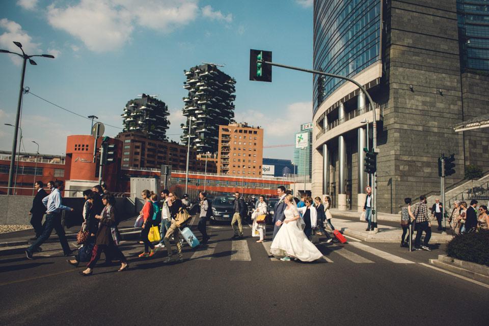 Reportage-Wedding-photographers-Gae-Aulenti-Square