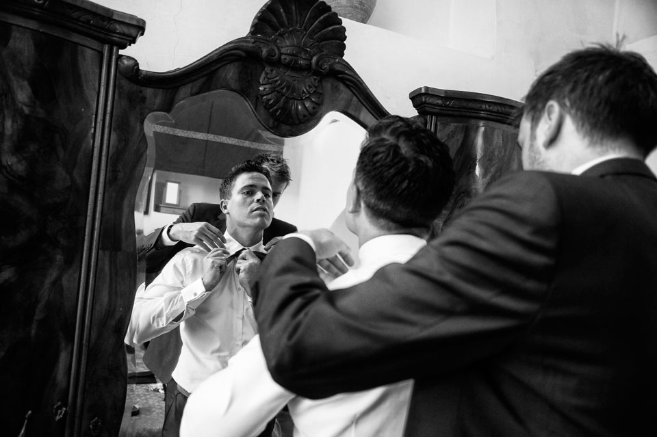 getting-ready-groom