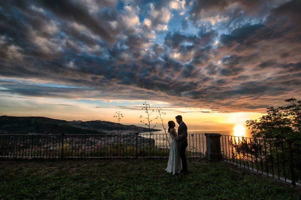 bride-groom-sunset-photography