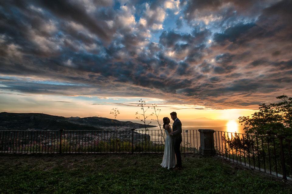 bride-groom-sunset-photography