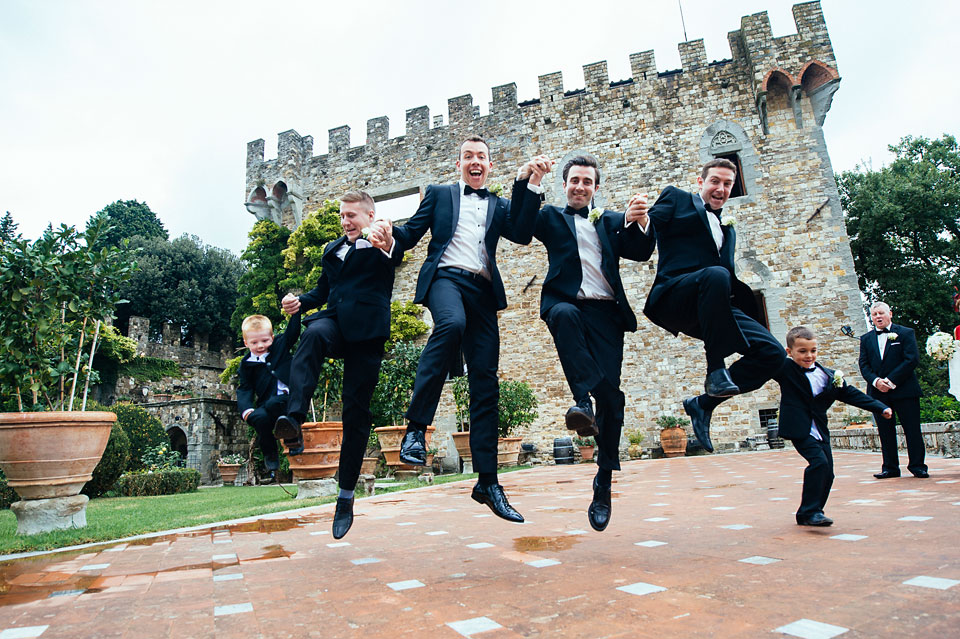 groom-bestman-funny-photography